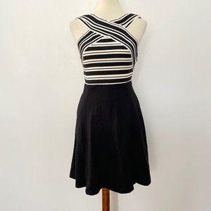 Anthropologie Maeve Size 0 Crosswise Flare Dress